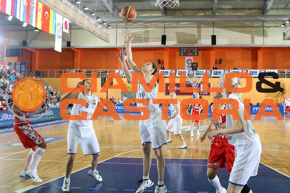 DESCRIZIONE : Valmiera Latvia Lettonia Eurobasket Women 2009 Russia Serbia<br /> GIOCATORE : Sonja Petrovic<br /> SQUADRA : Serbia<br /> EVENTO : Eurobasket Women 2009 Campionati Europei Donne 2009 <br /> GARA : Russia Serbia<br /> DATA : 08/06/2009 <br /> CATEGORIA : rimbalzo<br /> SPORT : Pallacanestro <br /> AUTORE : Agenzia Ciamillo-Castoria/E.Castoria<br /> Galleria : Eurobasket Women 2009 <br /> Fotonotizia : Valmiera Latvia Lettonia Eurobasket Women 2009 Russia Serbia<br /> Predefinita :