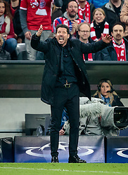 03.05.2016, Allianz Arena, Muenchen, GER, UEFA CL, FC Bayern Muenchen vs Atletico Madrid, Halbfinale, Rueckspiel, im Bild Trainer Diego Simeone (Atletico Madrid) // Trainer Diego Simeone (Atletico Madrid) during the UEFA Champions League semi Final, 2nd Leg match between FC Bayern Munich and Atletico Madrid at the Allianz Arena in Muenchen, Germany on 2016/05/03. EXPA Pictures © 2016, PhotoCredit: EXPA/ JFK