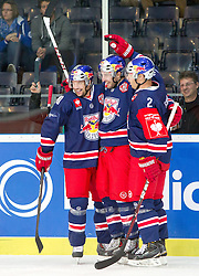 07.10.2014, Red Bull Arena, Salzburg, AUT, CHL, EC Red Bull Salzburg vs Kloten Flyers, Gruppe I, im Bild Torjubel Red Bulls nach dem 1:0 durch Kyle Beach (EC Red Bull Salzburg) // Torjubel Red Bulls nach dem 1:0 durch Kyle Beach (EC Red Bull Salzburg) during the Champions Hockey League Group I match between EC Red Bull Salzburg and Kloten Flyers at the Red Bull Arena in Salzburg, Austria on 2014/10/07. EXPA Pictures © 2014, PhotoCredit: EXPA/ JFK