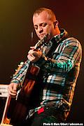 Christophe Gomez au Festival en chanson de Petite Vallée -  Théâtre de la Vieille Forge / Petite Vallée / Canada / 2012-06-25, Photo © Marc Gibert / adecom.ca
