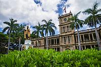 'Iolani Palace & King Kamehameha I Statue