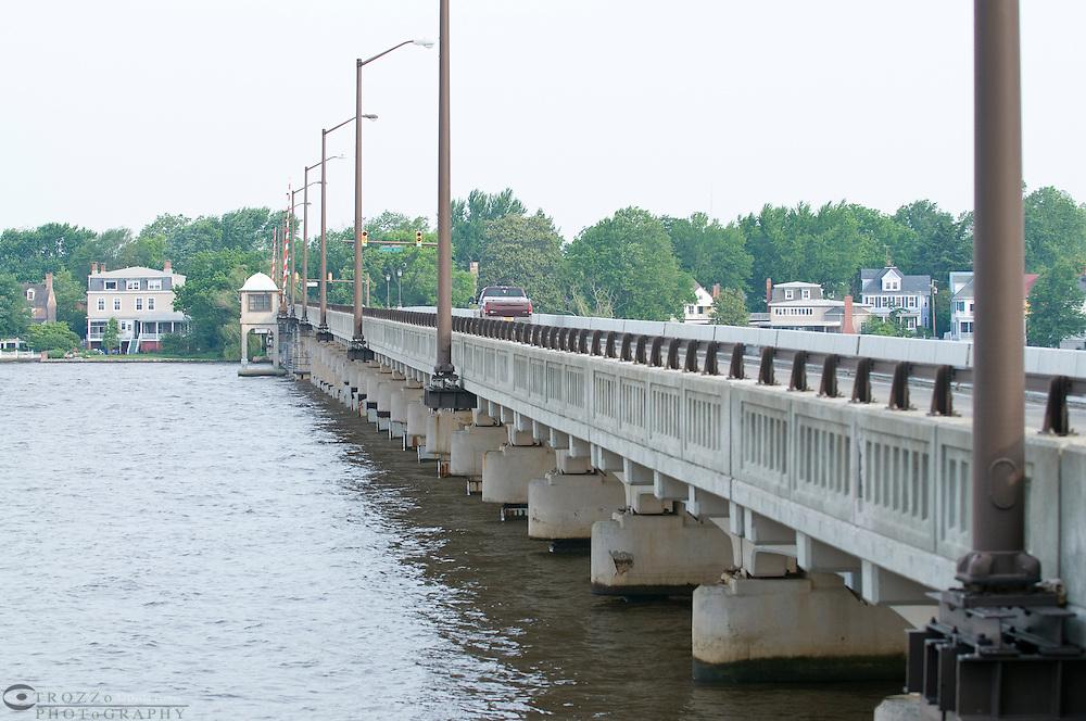5/31/01--Sasafrass river draw bridge