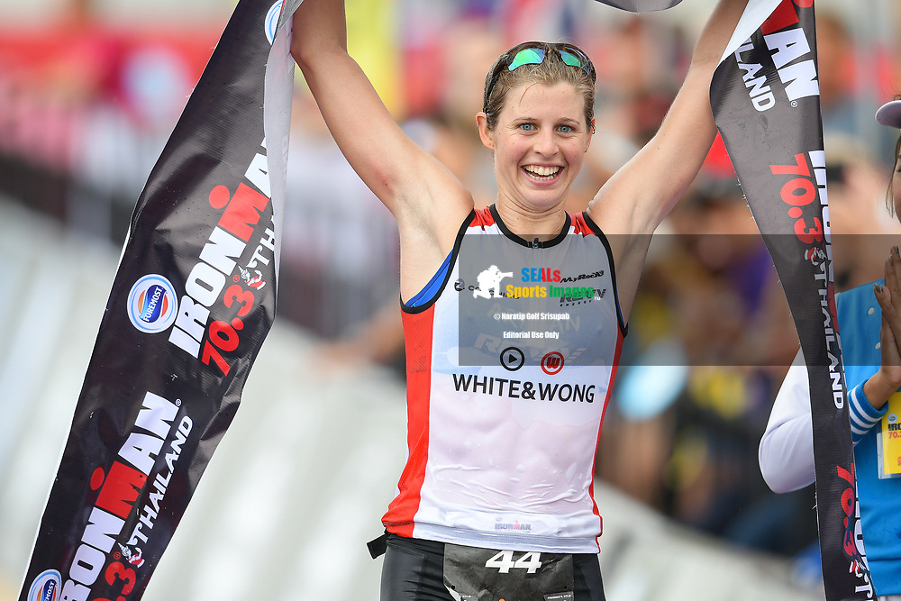 PHUKET, THAILAND - NOVEMBER 26: Imogen Simmonds of Switzerland crosses the finish line in 1st place for the Women's Pro-Triathlete during the Foremost Ironman 70.3 Thailand 2017 at Laguna Phuket, Cherngtalay, Phuket, Thailand on November 26, 2017.<br /> .<br /> .<br /> .<br /> (Photo by: Naratip Golf Srisupab/SEALs Sports Images)<br /> .<br /> Any image use must include a mandatory credit line adjacent to the content which should read: Naratip Golf Srisupab/SEALs Sports Images