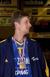 22-04-2003 VOLLEYBAL: PIET ZOOMERS DYNAMO - OMNIWORLD: APELDOORN<br /> Finale play-offs Piet Zoomers wint het landkampioenschap / Sander Olsthoorn<br /> ©2003-Ronald Hoogendoorn