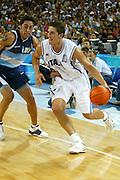 ATENE, 23 AGOSTO 2004<br /> OLIMPIADI ATENE 2004<br /> BASKET<br /> ITALIA - ARGENTINA<br /> NELLA FOTO: ALEX RIGHETTI<br /> FOTO CIAMILLO