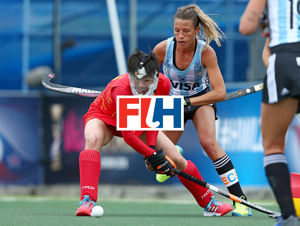 New Zealand, Auckland - 18/11/17  <br /> Sentinel Homes Women&rsquo;s Hockey World League Final<br /> Harbour Hockey Stadium<br /> Copyrigth: Worldsportpics, Rodrigo Jaramillo<br /> Match ID: 10294 - ARG vs CHN<br /> Photo: (28) WU Qiong defending
