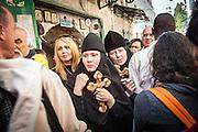 Palestine-Israel apr. 2007. Gerusalemme, Jerusalem. Pellegrini cristiani da tutto il mondo lungo la Via Dolorosa per la via Crucis pasquale. Pilgrims on the Via Dolorosa during easter.