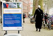 ROTTERDAM - Een pop up politieburo in een achterstandswijk in rotterdam . COPYRIGHT ROBIN UTRECHT
