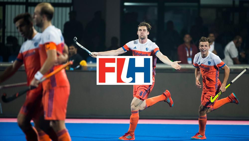 BHUBANESWAR - Mirco Pruyser (Ned) heeft gescoord  tijdens de Hockey World League Finals , de kwartfinale wedstrijd Duitsland-Nederland (3-3).Duitsland wint na shoot-outs. rechts Thijs van Dam (Ned)    COPYRIGHT KOEN SUYK