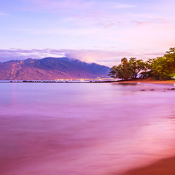 Maui Hawaii sunrise panorama photo n Wailea Makena  with Ulua Beach, Ulua Beach Park, Maalaea Bay and the Pacific Ocean. Copyright ⓒ 2019 Paul Velgos with All Rights Reserved.