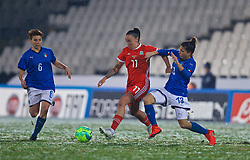 CESENA, ITALY - Tuesday, January 22, 2019: Wales' Natasha Harding (L) is tackled by Italy's Elisa Bartoli during the International Friendly between Italy and Wales at the Stadio Dino Manuzzi. (Pic by David Rawcliffe/Propaganda)