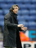 Photo: Steve Bond/Richard Lane Photography. Leicester City v Swansea City. FA Cup Third Round. 02/01/2010. Paulo Sousa gives instructions