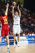 DESCRIZIONE : Bari Qualificazioni Europei 2011 Italia Montenegro<br /> GIOCATORE : Angelo Gigli<br /> SQUADRA : Nazionale Italia Uomini <br /> EVENTO : Qualificazioni Europei 2011<br /> GARA : Italia Montenegro<br /> DATA : 26/08/2010 <br /> CATEGORIA : tiro<br /> SPORT : Pallacanestro <br /> AUTORE : Agenzia Ciamillo-Castoria/C.De Massis<br /> Galleria : Fip Nazionali 2010 <br /> Fotonotizia : Bari Qualificazioni Europei 2011 Italia Montenegro<br /> Predefinita :