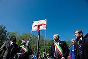 Milano, il sindaco Giuliano Pisapia: Parco Teramo, inaugurazione della targa dedicata ad Andrea Campagna.