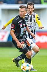 05.05.2019, TGW Arena, Pasching, AUT, 1. FBL, LASK vs RZ Pellets WAC, Meistergruppe, 29. Spieltag, im Bild Christopher Wernitznig (WAC), Emanuel Pogatetz (LASK) // during the tipico Bundesliga master group 29th round match between LASK and RZ Pellets WAC at the TGW Arena in Pasching, Austria on 2019/05/05. EXPA Pictures © 2019, PhotoCredit: EXPA/ JFK
