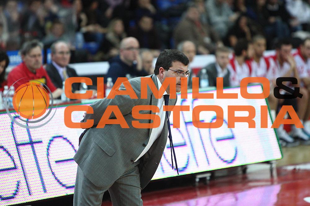 DESCRIZIONE : Pesaro Lega A 2010-11 Scavolini Siviglia Pesaro Banca Tercas Teramo<br /> GIOCATORE : Alessandro Ramagli<br /> SQUADRA : Banca Tercas Teramo<br /> EVENTO : Campionato Lega A 2010-2011<br /> GARA : Scavolini Siviglia Pesaro Banca Tercas Teramo<br /> DATA : 27/02/2011<br /> CATEGORIA : coach<br /> SPORT : Pallacanestro<br /> AUTORE : Agenzia Ciamillo-Castoria/C.De Massis<br /> Galleria : Lega Basket A 2010-2011<br /> Fotonotizia : Pesaro Lega A 2010-11 Scavolini Siviglia Pesaro Banca Tercas Teramo<br /> Predefinita :