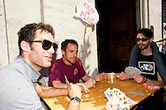 Roma 12 Giugno 2013<br /> Il Gioco è una cosa seria!<br /> Manifestazione contro il gioco d' azzardo presso la sede di Assotrattenimento Gioco Lecito, aderente alla Confindustria in via Barberini, degli attivisti dell' ex Cinema Palazzo. La protesta è per la denuncia che Assotrattenimento Gioco Lecito, ha presentato contro SenzaSlot un associazione impegnata contro il proliferare del gioco d'azzardo e delle slot machine nei bar. Partita a tresette conl'attore  Elio Germano