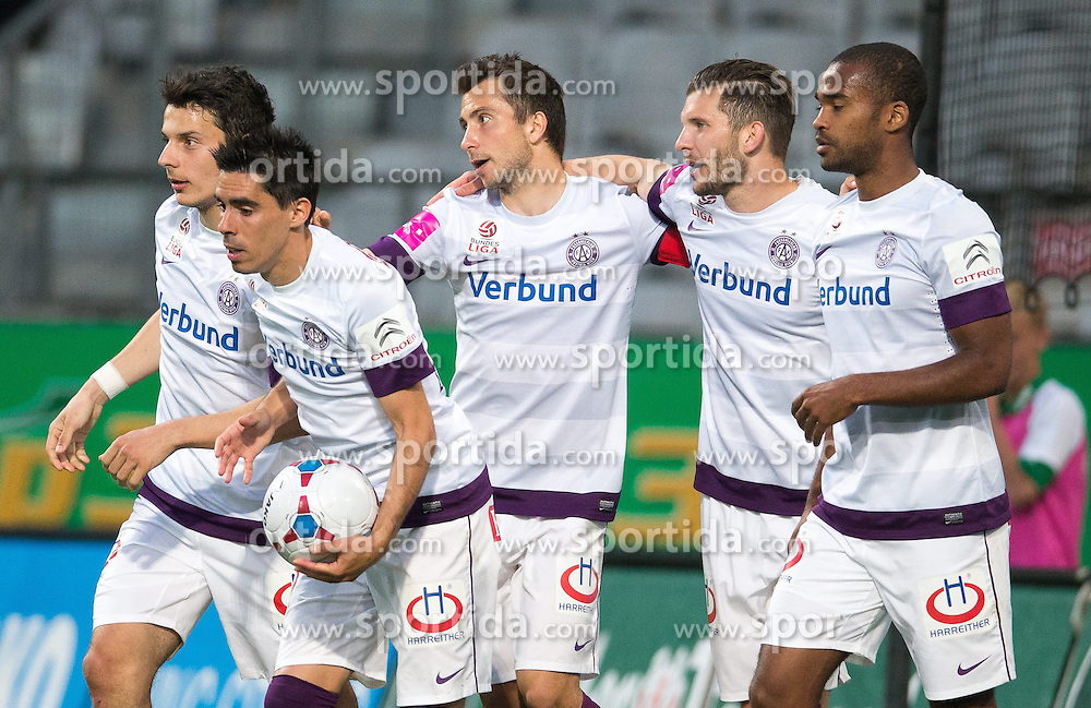 26.04.2014, Tivoli Stadion, Innsbruck, AUT, 1. FBL, FC Wacker Innsbruck vs Austria Wien, 34. Runde, im Bild FK Austria Wien feiert den 1:1 Ausgleich durch Alexander Gorgon (FK Austria Wien) // FK Austria Wien feiert den 1:1 Ausgleich durch Alexander Gorgon (FK Austria Wien) during Austrian Bundesliga 34th round match between FC Wacker Innsbruck and Austria Wien at the Tivoli Stadion in Innsbruck, Austria on 2014/04/26. EXPA Pictures © 2014, PhotoCredit: EXPA/ Johann Groder