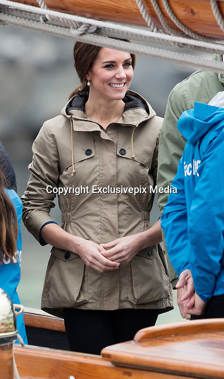 VICTORIA- BC- CANADA- 1st OCT-2016 <br /> Prince William, the Duke of Cambridge and Princess Catherine, the Duchess of Cambridge on their last day of their Official Tour of Canada. William and Kate board a tall ship and sail across Victoria Harbour.<br /> ©Exclusivepix Media