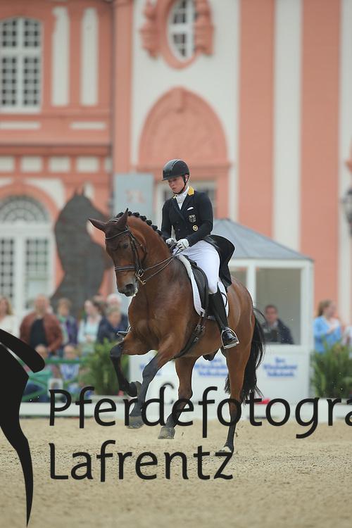 Werth, Isabell, Don Johnson FRH<br /> Wiesbaden - Pfingstturnier 2015<br /> Grand Prix de Dressage<br /> © www.sportfotos-lafrentz.de/Stefan Lafrentz