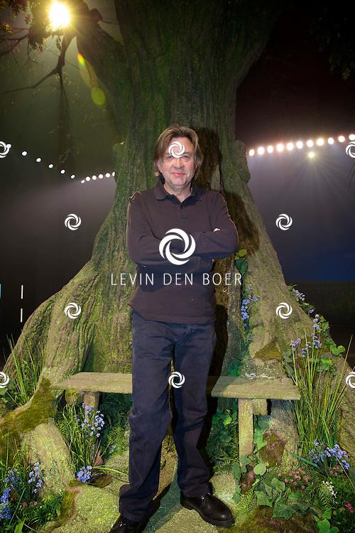 MECHELEN - In de Nekkerhal is de musical 14-18 druk met repeteren. Met hier op de foto  Frank van Laecke. FOTO LEVIN DEN BOER - PERSFOTO.NU