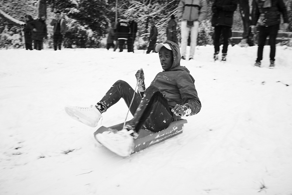 Snow in Parc des Buttes-Chaumont, Paris 2018