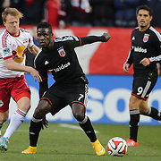 Eddie Johnson, DC United, is challenged by Dax McCarty, New York Red Bulls, during the New York Red Bulls V DC United, MLS Cup Playoffs, Eastern Conference Semifinals first leg at Red Bull Arena, Harrison, New Jersey. USA. 2nd November 2014. Photo Tim Clayton