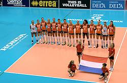 08-08-2014 NED: FIVB Grand Prix Nederland - Puerto Rico, Doetinchem<br /> Topsporthal Doetinchem line up Nederland