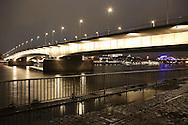 DEU, Germany, Cologne, view from the district Deutz to the Deutzer bridge across the river Rhine.....DEU, Deutschland, Koeln, Blick vom Stadtteil Deutz zur Deutzer Bruecke ueber den Rhein...