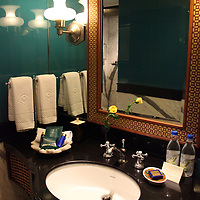 Asia, India, Agra. Bathroom at Oberoi Amarvilas Luxury Hotel.