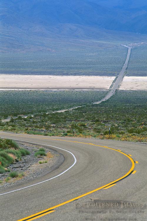 Asphalt desert highway 190 through Panamint Valley, Death Valley National Park, California