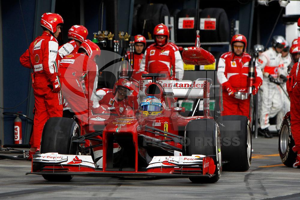 MELBOURNE, AUSTRALIA, 17 MARÇO 2013 - F1 - GP DA AUSTRALIA - O piloto espanhol Fernando Alonso, da Ferrari, durante o GP da Austrália, em Albert Park, Melbourne, neste domingo (17). (FOTO: PIXATHLON / BRAZIL PHOTO PRESS).