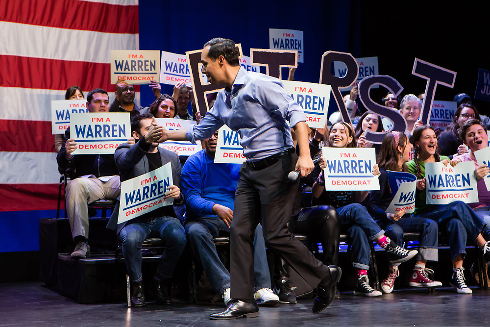 Brooklyn, NY - 7 January 2020. Massachusetts Senator and Democratic Presidential candidate Elizabeth Warren, joined by former candidate Julián Castro, drew a large and enthusiastic crowd at a speech for her 2020 presidential campaign in Brooklyn's Kings Theatre. Castro's entrance onto the stage.