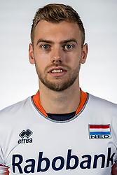 10-05-2017 NED: Selectie Nederlands volleybal team mannen 2017, Arnhem<br /> Op Papendal werd de selectie gepresenteerd / Gijs Jorna #7