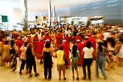 Belo Horizonte_MG, Brasil...Decima setima feira nacional de artesanato, na centro de convencoes Expominas em Belo Horizonte, Minas Gerais. Na foto a apresentacao do grupo musical de lavadeiras chamado Meninas de Sinha...17th National Craft trade fair in Expominas, Belo Horizonte, Minas Gerais. In this photo the music group of washerwomen Meninas de Sinha...Foto: MARCUS DESIMONI / NITRO...