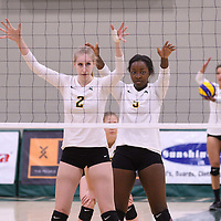 1st year middle Emma Matheson (2) of the Regina Cougars in action during Women's Volleyball home game on November 18 at Centre for Kinesiology, Health and Sport. Credit: /Arthur Images