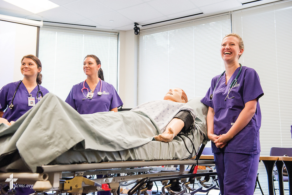 Katelyn Norman (right) chats about nursing during an orientation session at Concordia University Texas on Wednesday, July 16, 2014, in Austin, Texas.  LCMS Communications/Erik M. Lunsford