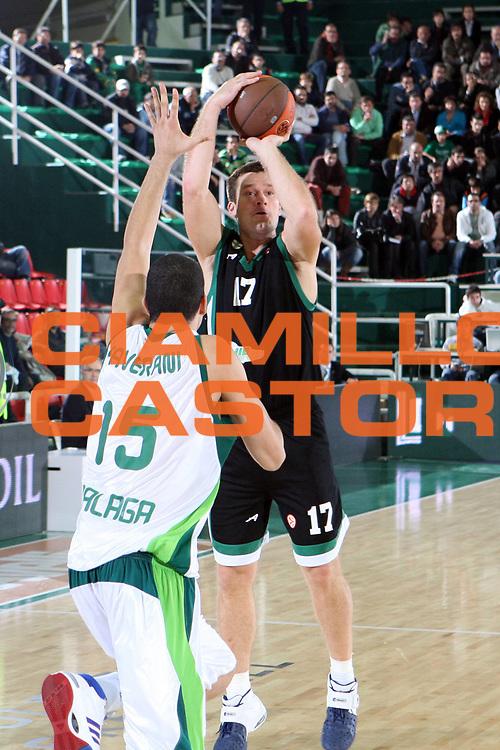 DESCRIZIONE : Avellino Eurolega 2008-09 Air Avellino Unicaja Malaga<br /> GIOCATORE : Marko Tusek<br /> SQUADRA : Air Avellino<br /> EVENTO : Eurolega 2008-2009<br /> GARA : Air Avellino Unicaja Malaga<br /> DATA : 05/11/2008 <br /> CATEGORIA : tiro<br /> SPORT : Pallacanestro <br /> AUTORE : Agenzia Ciamillo-Castoria/G.Ciamillo<br /> Galleria : Eurolega 2008-2009 <br /> Fotonotizia : Avellino Eurolega Euroleague 2008-09 Air Avellino Unicaja Malaga<br /> Predefinita :
