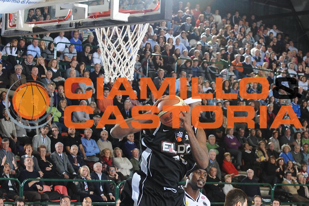 DESCRIZIONE : Ferrara Lega A1 2008-09 Carife Ferrara Eldo Caserta<br /> GIOCATORE : Ronald Slay<br /> SQUADRA : Eldo Caserta<br /> EVENTO : Campionato Lega A1 2008-2009<br /> GARA : Carife Ferrara Eldo Caserta<br /> DATA : 23/11/2008<br /> CATEGORIA : Rimbalzo<br /> SPORT : Pallacanestro<br /> AUTORE : Agenzia Ciamillo-Castoria/M.Gregolin