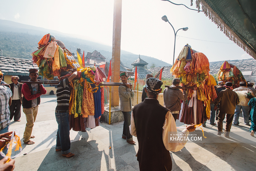 Deities moving out of Lord Raghunath temple, after taking his blessings on Kullu Dussehra. Kullu Dussehra is the Dussehra festival observed in the month of October in Himachal Pradesh state in northern India. It is celebrated in the Dhalpur maidan in the Kullu valley. Dussehra at Kullu commences on the tenth day of the rising moon, i.e. on 'Vijay Dashmi' day itself and continues for seven days. Its history dates back to the 17th century when local King Jagat Singh installed an idol of Raghunath on his throne as a mark of penance. After this, god Raghunath was declared as the ruling deity of the Valley.