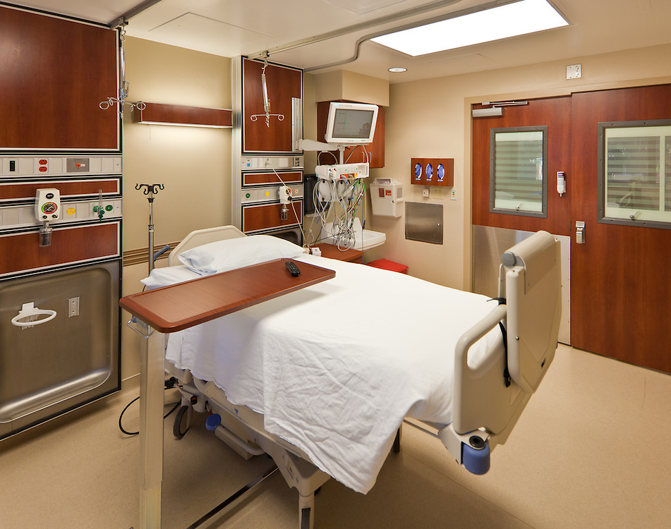 Medical Headwall in ICU Patient Room at St. David's Medical Center
