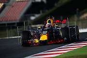 March 7-10, 2017: Circuit de Catalunya. Daniel Ricciardo (AUS), Red Bull Racing, RB13 running with aero rakes