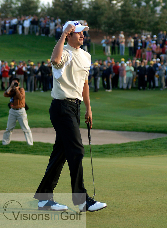 24 April 2005. Johnnie Walker Classic, Pine Valley Golf Club, Beijing, China. Adam Scott sinks final putt to win.<br /> Mandatory credit: Richard Castka/Visions In Golf