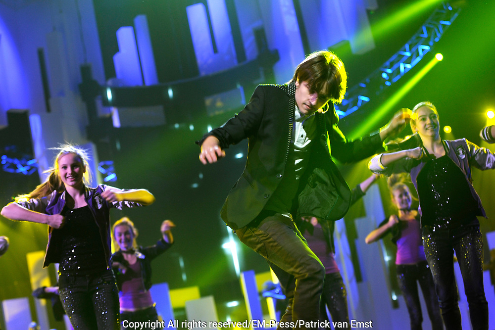 Dress rehearsal Junior Eurovisie Songfestival 2012 in de Heineken Music Hall.<br /> <br /> op de foto:  Ralf Mackenbach , winnaar Junior Eurovisiesongfestival 2009