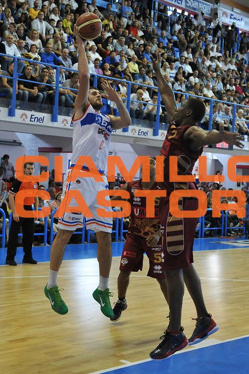 DESCRIZIONE : Brindisi Lega A 2012-13 Enel Brindisi Umana Venezia<br /> GIOCATORE : Andrea Zerini<br /> CATEGORIA : Tiro<br /> SQUADRA : Enel Brindisi<br /> EVENTO : Campionato Lega A 2012-2013 <br /> GARA :  Enel Brindisi Umana Venezia<br /> DATA : 28/10/2012<br /> SPORT : Pallacanestro <br /> AUTORE : Agenzia Ciamillo-Castoria/V.Tasco<br /> Galleria : Lega Basket A 2012-2013  <br /> Fotonotizia : Brindisi Lega A 2012-13  Enel Brindisi Umana Venezia<br /> Predefinita :