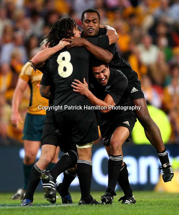 Rodney So'oialo,Mils Muliaina & Sitiveni Sivivatu celebrate victory.All Blacks v Australia Tri Nations Rugby Union Test Match. Suncorp Stadium ,Brisbane. Australia,Saturday 13 September 2008 .