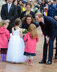 Wellington-Royal Visit, walkabout in Civic Square