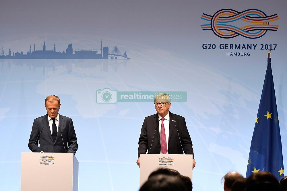 July 7, 2017 - Hamburg, Hamburg, Deutschland - Donald Tusk und Jean-Claude Juncker bei der EU-Pressekonferenz im Rahmen des 12. G20-Gipfel. Hamburg, 07.07.2017 (Credit Image: © Future-Image via ZUMA Press)