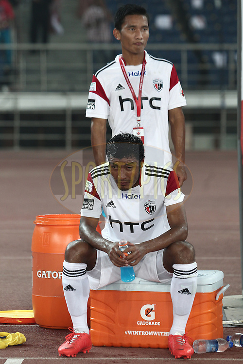 NorthEast United FC players after the match 16 of the Hero Indian Super League between The Delhi Dynamos FC and NorthEast United FC held at the Jawaharlal Nehru Stadium, Delhi, India on the 29th October 2014.<br /> <br /> Photo by:  Deepak Malik/ ISL/ SPORTZPICS