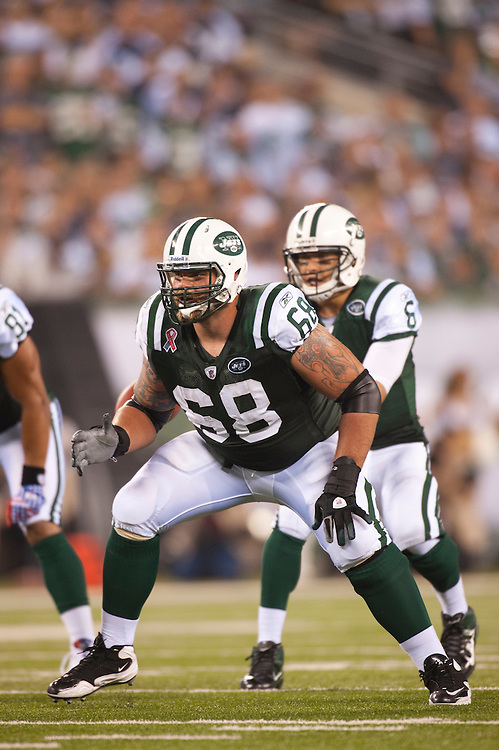 EAST RUTHERFORD, NJ - SEPTEMBER 11: Matt Slauson #68 of the New York Jets defends against the Dallas Cowboys at MetLife Stadium on September 11, 2011 in East Rutherford, New Jersey. The Jets defeated the Cowboys 27 to 24. (Photo by Rob Tringali) *** Local Caption *** Matt Slauson
